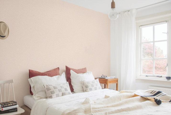 Giấy dán tường một màu hồng nhạt