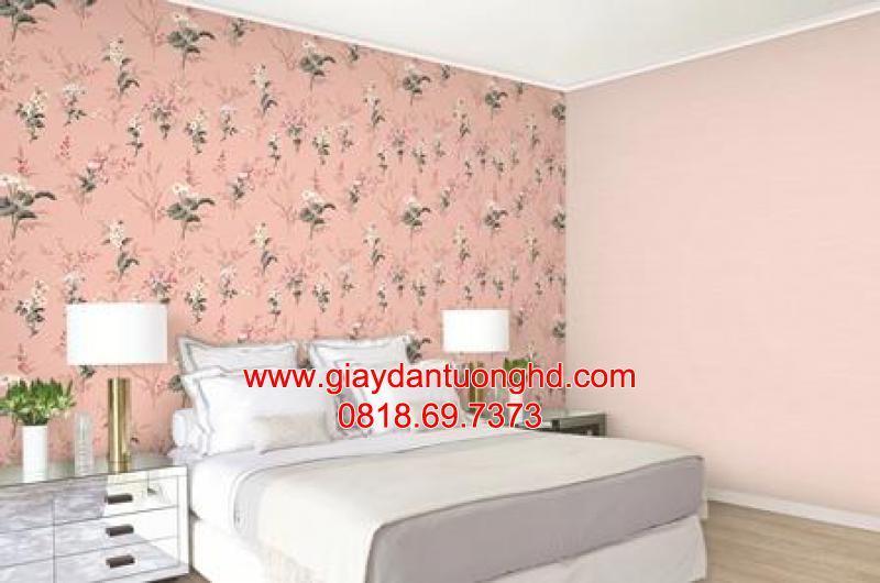 Thi công giấy dán tường hoa lá màu hồng đậm