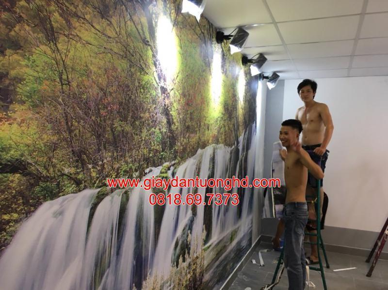 Thi công tranh dán tường thác nước